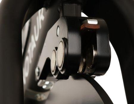 Minotaur magnetic spin bike