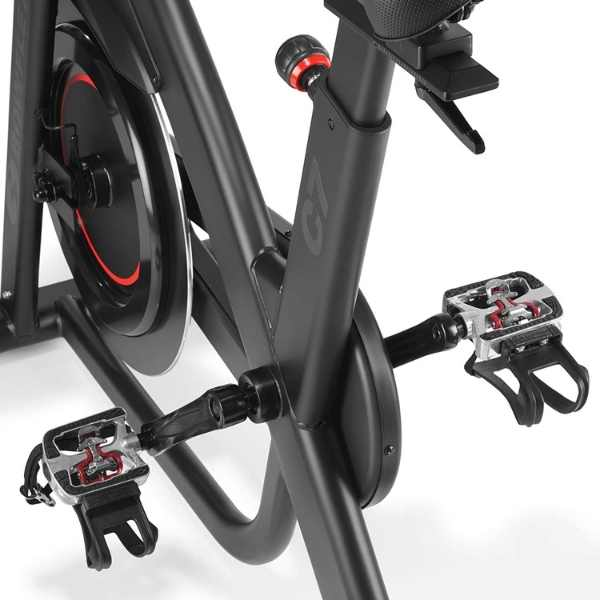 Dual sided pedals of C7 bike
